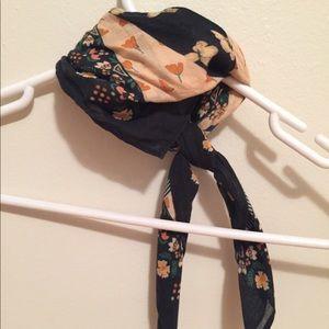 Anthropologie Accessories - Anthropologie neck scarf